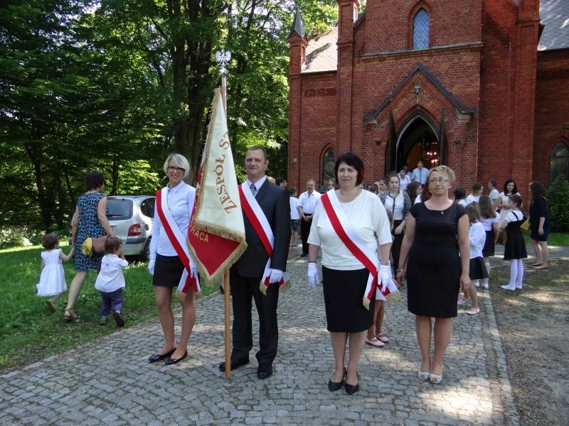 Zespół Szkół w Biesowicach Fotorelacja z uroczystości
