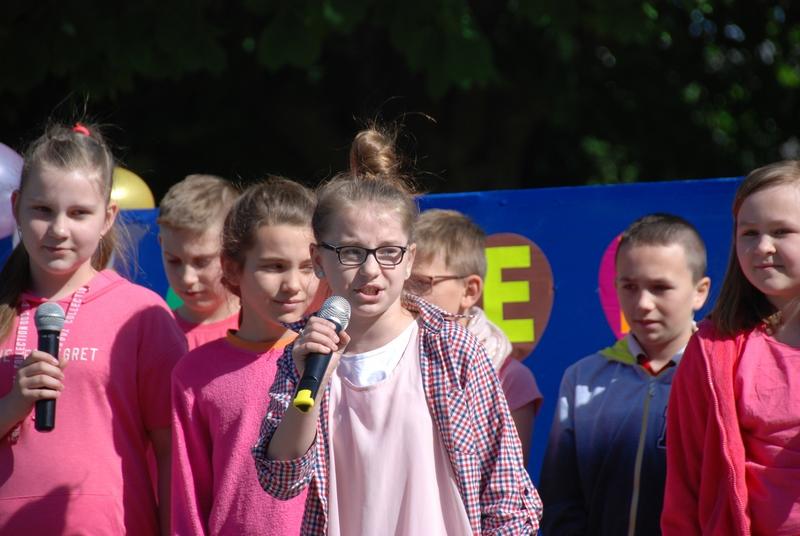 Zespół Szkół w Biesowicach Dzień Patrona i Dzień Dziecka