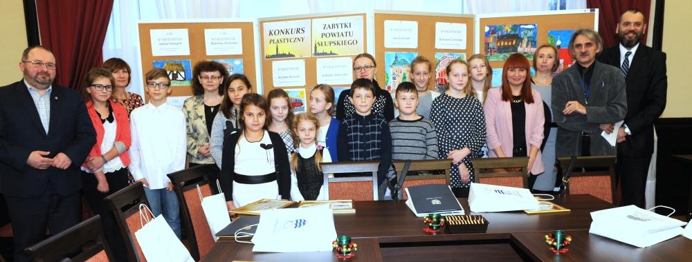 Zespół Szkół w Biesowicach Powiatowy konkurs - 'Zabytki Powiatu Słupskiego'