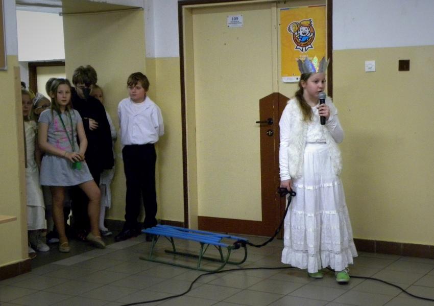 Zespół Szkół w Biesowicach Przedstawienie