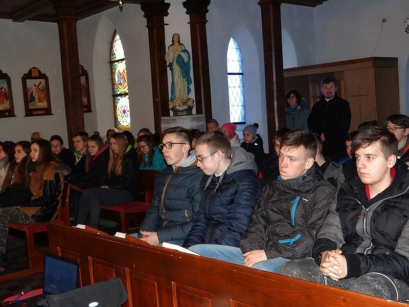 Zespół Szkół w Biesowicach Rekolekcje
