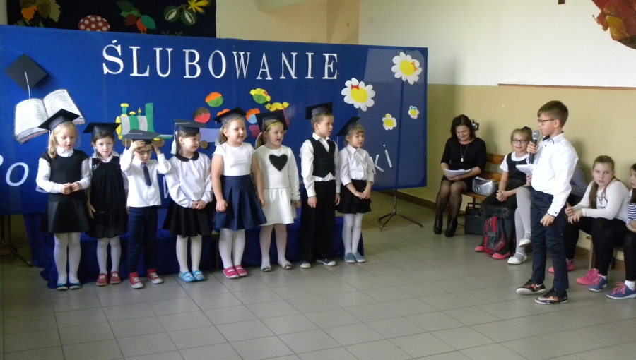 Zespół Szkół w Biesowicach Ślubowanie uczniów klasy pierwszej