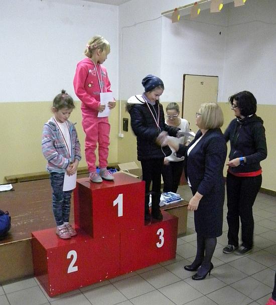Zespół Szkół w Biesowicach Bieg z okazji Święta Niepodegłości