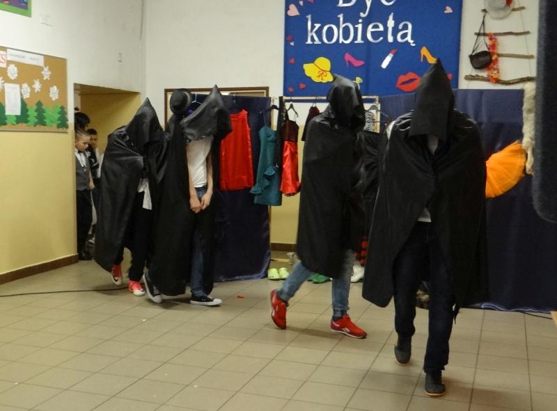 Zespół Szkół w Biesowicach Dzień Kobiet 2018