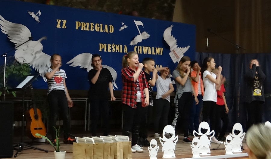 Zespół Szkół w Biesowicach XX Jubileuszowy Przegląd Pieśni Religijnej