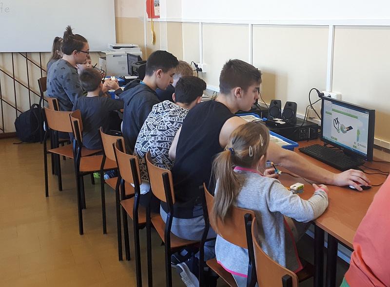 Zespół Szkół w Biesowicach Robotyka 1 SP i 3 Gimnazjum