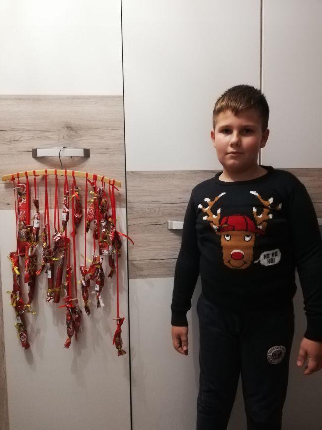 Zespół Szkół w Biesowicach Adwentowe oczekiwanie.