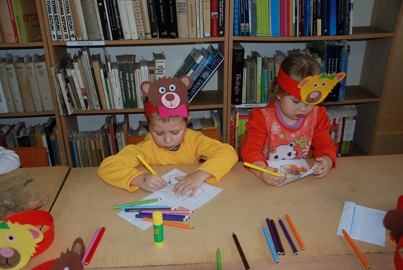 Zespół Szkół w Biesowicach Światowy Dzień Pluszowego Misia