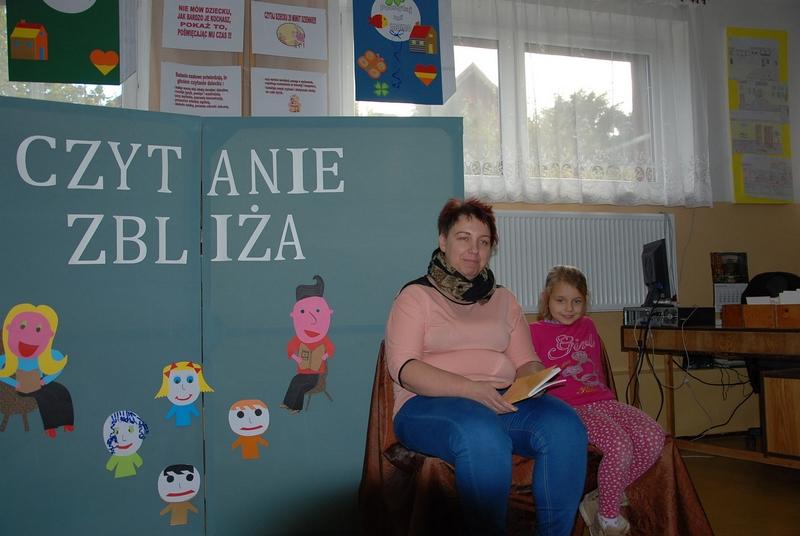 Zespół Szkół w Biesowicach Poczytaj mi tato, poczytaj mi mamo