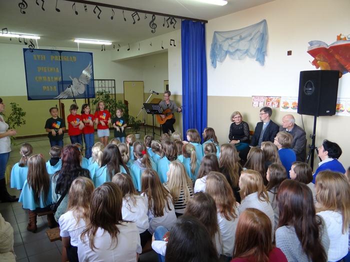 Zespół Szkół w Biesowicach XVII Przegląd piosenki religijnej